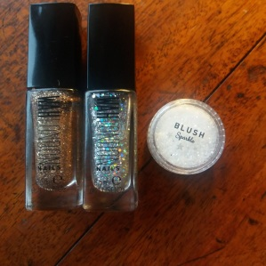 Glitter giveaway! || Get Your Glitter On || Tuesday Reviews Day 13-12-2016 || raeritchie.com