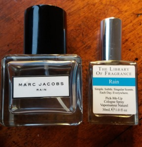 Marc Jacobs Rain & The Library of Fragrance Rain perfumes || Four ways to freshen up for (almost) spring: Tuesday Reviews Day 31-01-2017