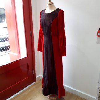 Vintage fashion does Christmas in Myton Fargo charity shop, Coventry || Charity shop shopping with Myton Hospices: My vintage fashion adventure at Myton Fargo, Coventry