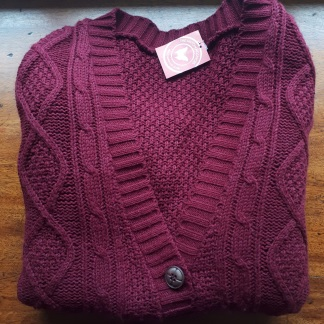 The perfect AW17 cardigan - My charity shop finds at Myton Fargo, Coventry: charity shop shopping with Myton Hospices Part II || raeritchie.com